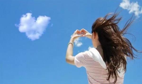 分手最痛的結局,就是人走了,感情還在;時間變了,心沒變!