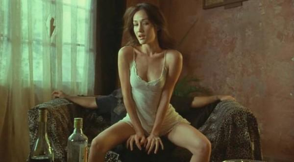 <<還記得當年的「赤裸特工」Maggie Q嗎?現在竟然變成這樣子...但是身材好的嚇人啊>>