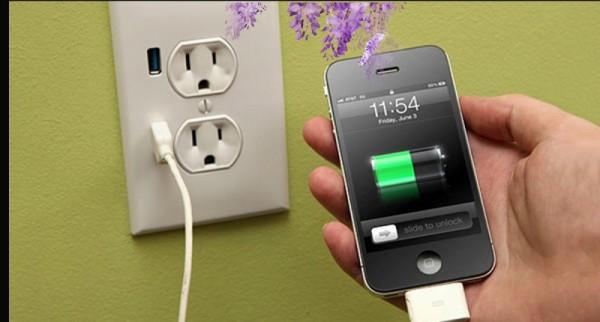最傷手機的充電方式!90%的人都做錯!難怪電池沒多久就要換一個…