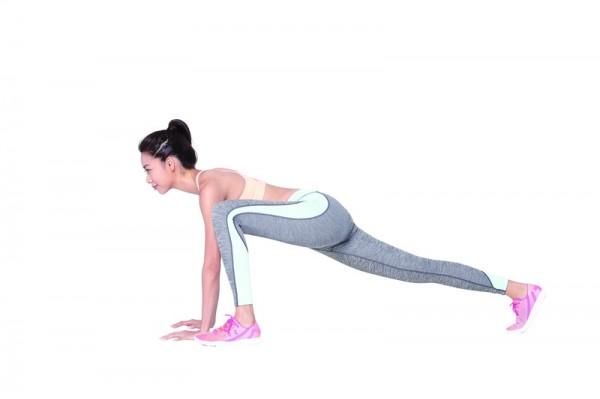 簡單 4個步驟!跟著做,練出完美的腿部線條,刻劃出不復胖的身材!