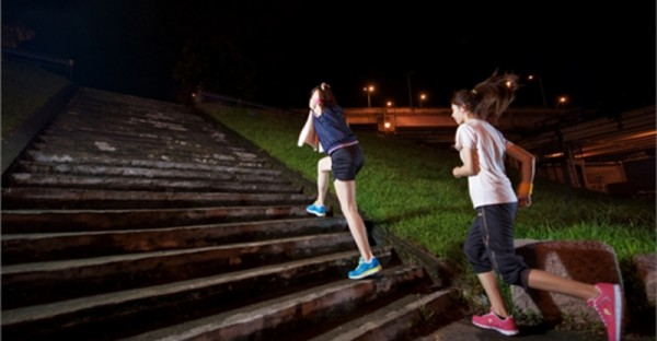 夜跑減肥的秘密,你之前一直都「只做到表面」而已!看完學會讓你跑一天瘦三天!