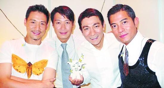 「四大天王」有三人還活躍在娛樂圈裡,只有他似乎不在乎娛樂圈的一切!
