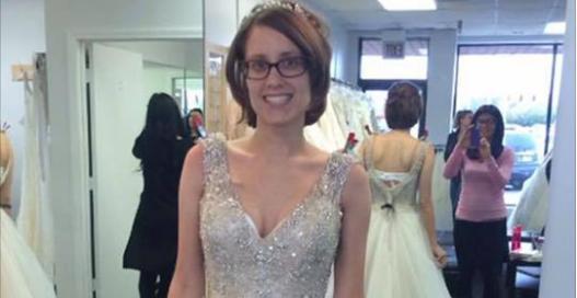 他看到未婚妻「試穿婚紗」的照片突然大聲哭泣,說出「婚結不成了」的原因後大家都超難受…