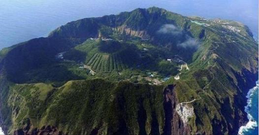 隱藏在自然風景下與世隔絕的 12個地球上最不可思議的村落…