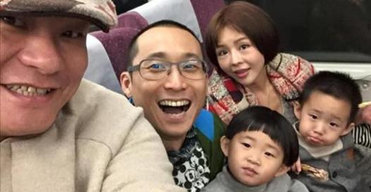 浩子在最紅時候「暫退演藝圈」,只因他明白:孩子愛的永遠是爸爸,不是爸爸賺的「錢」!